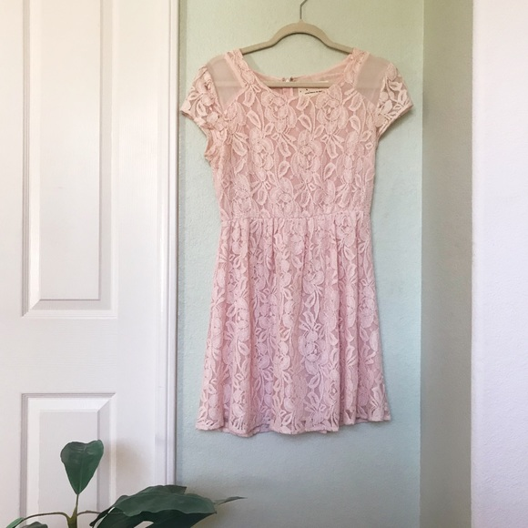 Urban Outfitters Dresses & Skirts - UO Light Pink Lace Dress
